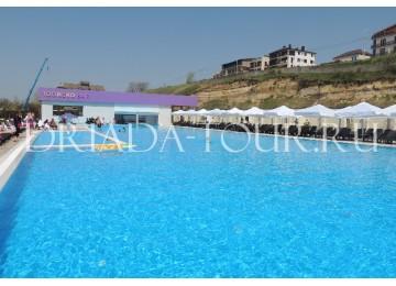 Открытый подогреваемый бассейн| Отель «ФиоЛето»|Анапа, Пионерский проспект